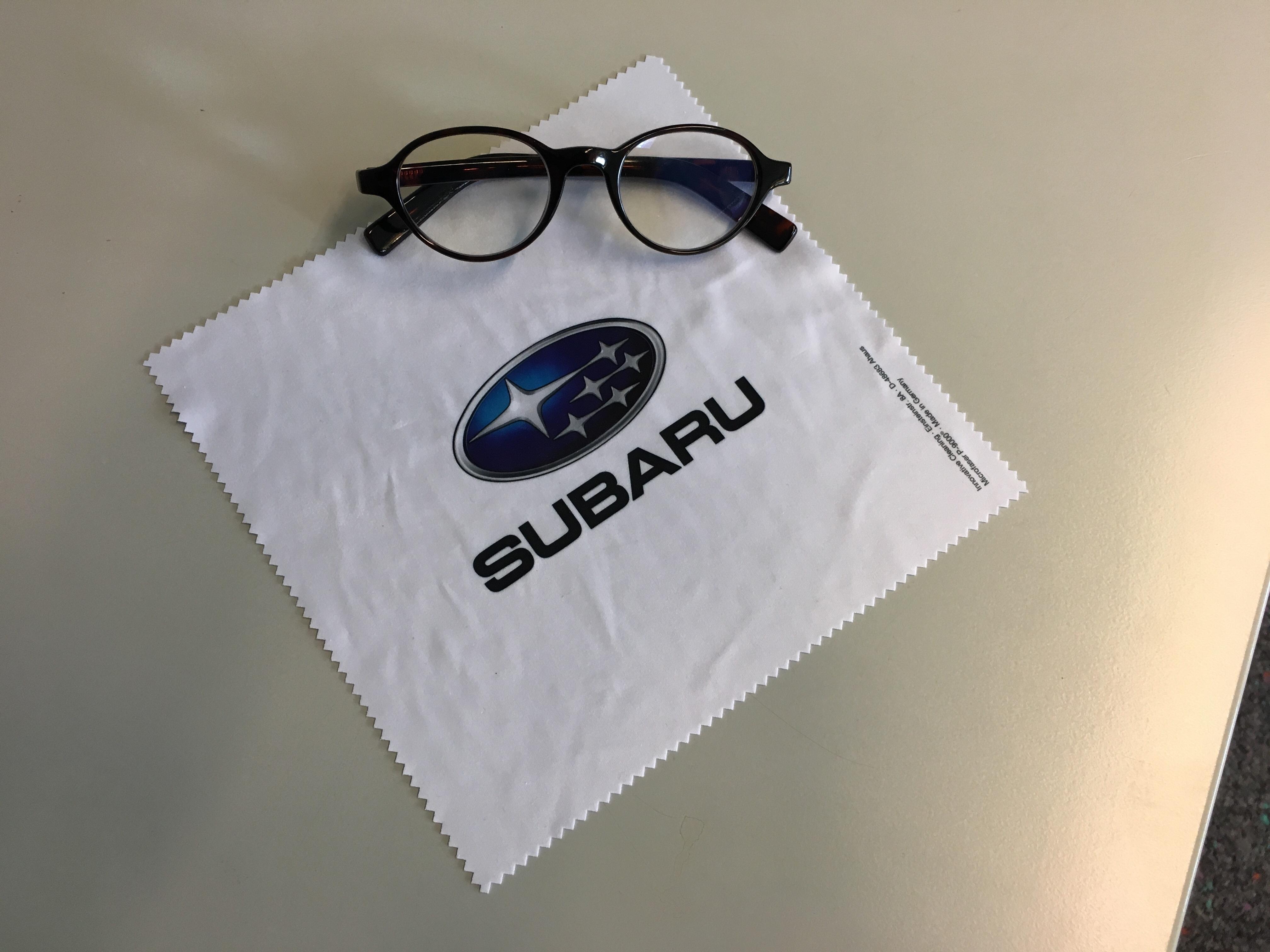 Boutique Exklusive Und Stilvolle Produkte Von Subaru Subaru Deutschland Gmbh